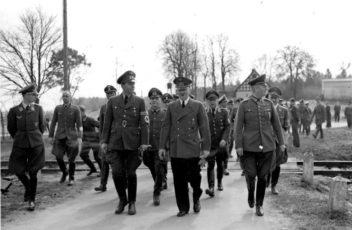 Below, Speer, Buhle, Hitler, Keitel